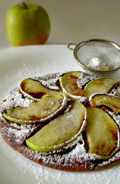Czekoladowo-Cynamonowe Placki z Jabłkami