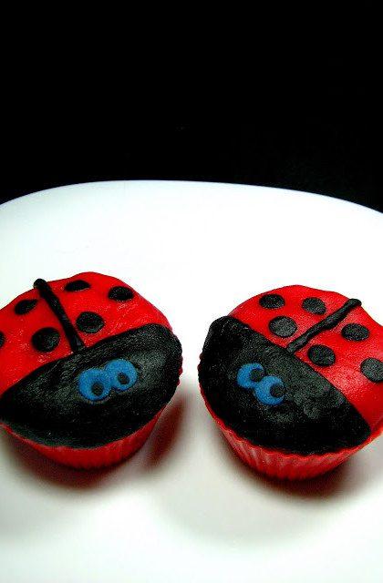 Muffiny Biedronki z Hibiskusem
