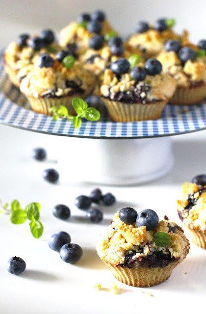 Muffiny Cytrynowe z Borówkami i Cytrynową Kruszonką