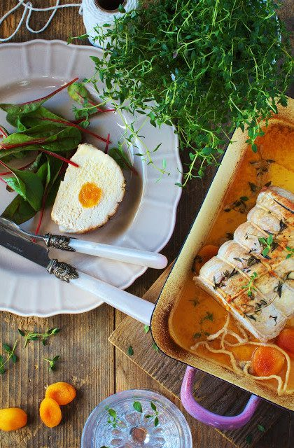 Schab Faszerowany Morelami z Tymiankiem – Dania Wielkanocne