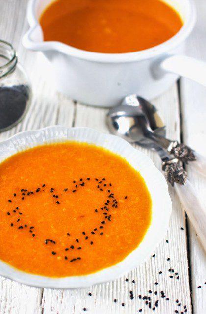 Zupa Krem z Marchwi z Pomarańczą i Czarnuszką