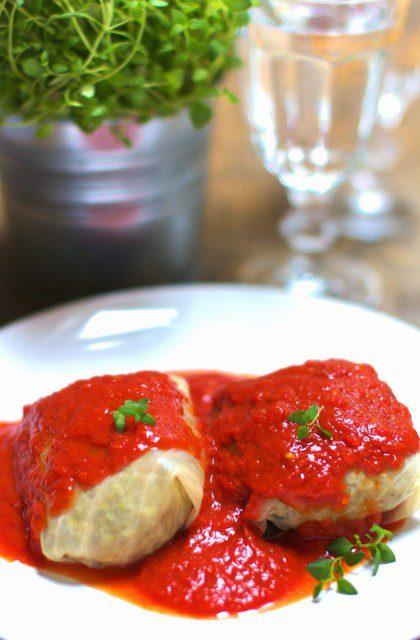Gołąbki z Mięsem w Sosie Pomidorowym