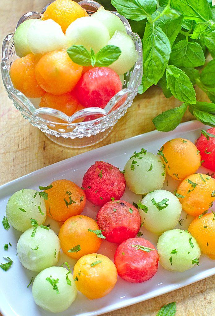 Sałatka z Arbuza i Melona z Miętą