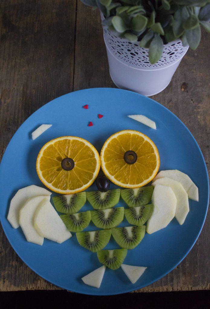 Sowa z Owoców