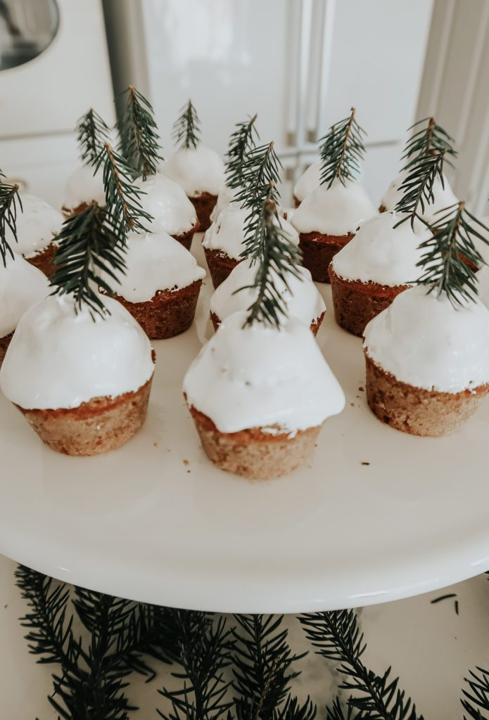 Babeczki Muffinki Piernikowe z Choinkami