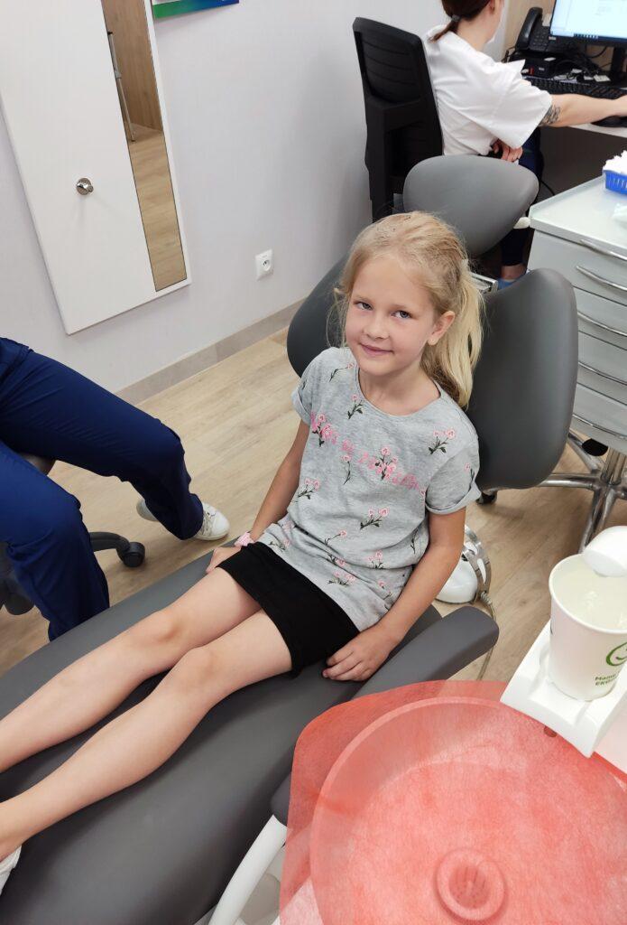 Zdrowe Zęby u Dzieci – 5 rzeczy, które Sprawdzają się u Nas!