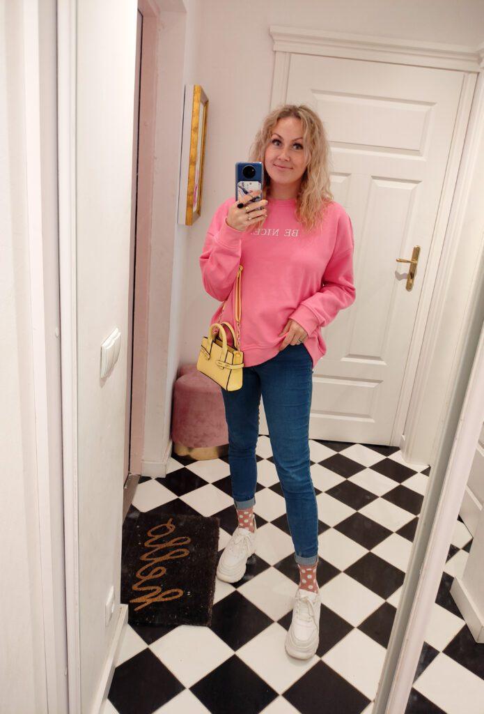Bluza i Jeansy Stylizacja